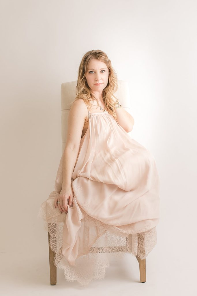pittsburgh motherhood photographer in long blush dress_petite magnolia photography