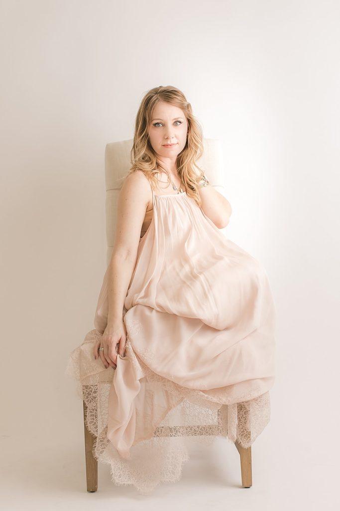 pittsburgh motherhood photographer in long blush dress_petite magnolia photography